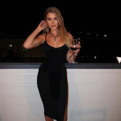 נינה בחורה יפה בת 23 נמצאת בתל אביב